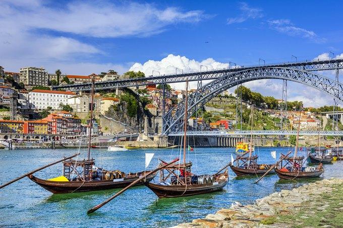 Porto river boats